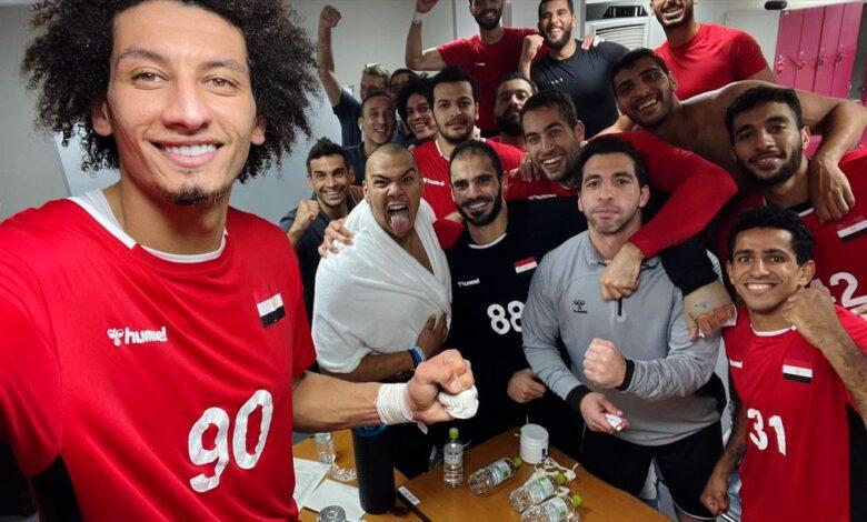 بالفيديو, فريق كرة اليد للمنتخب المصري الذي تأهل لنصف نهائي الأولمبياد يحتفل بفوزه على ألمانيا في غرفة تبديل الملابس